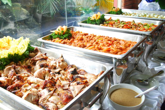 Top quality catering services available to service your holiday needs