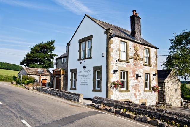 Award winning food & drink at The Royal Oak down the lane from Hurdlow Grange