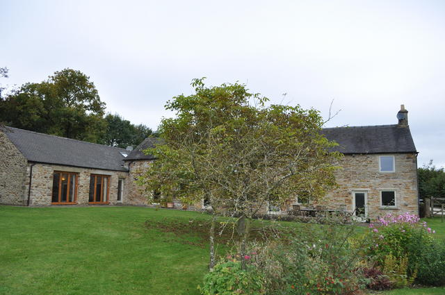 External View of Oak Tree Farm