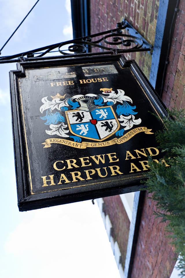 External view of The Crewe & Harpur from the market square