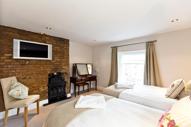Second floor- bedroom 6