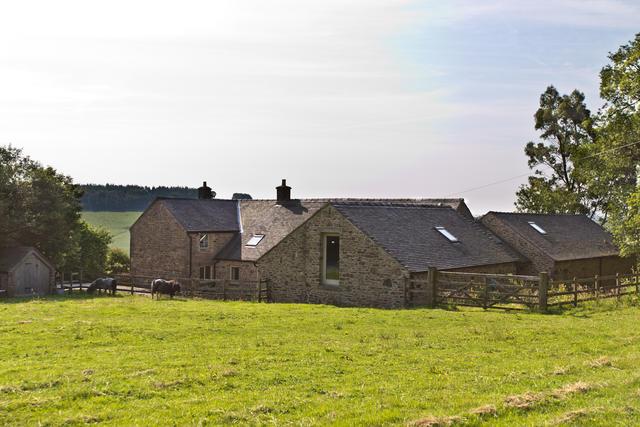 Side view of Oak Tree Farm