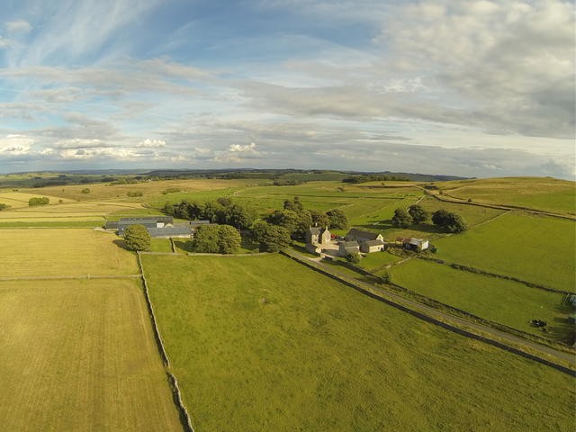 Hurdlow Grange- beautiful rural position