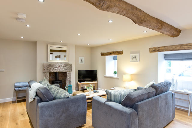 Light and airy living area in Star Barn