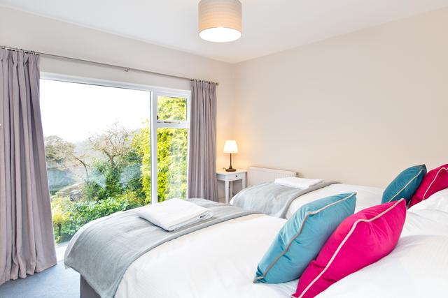 Bed 5 - twin or double room with far reaching views with use of either two family bathrooms