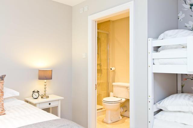 Bedroom 8 - Ensuite