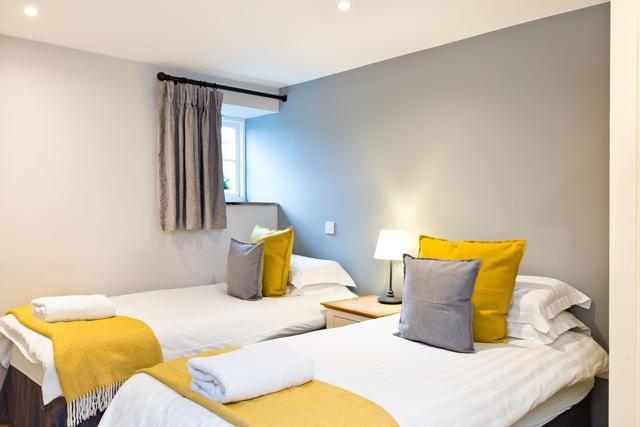 Bat's Belfry - Bedroom three with en suite