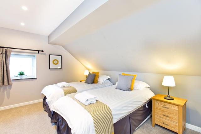 Applegarth - Bedroom two with en suite