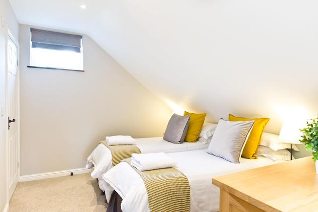 Applegarth - Bedroom three with en suite