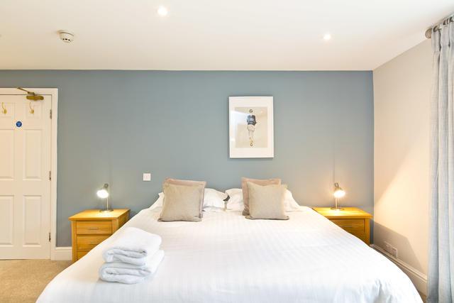 The Grange - Bedroom four with en suite