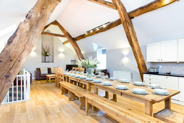 Cruck'd Barn - Large Social/Dining Area