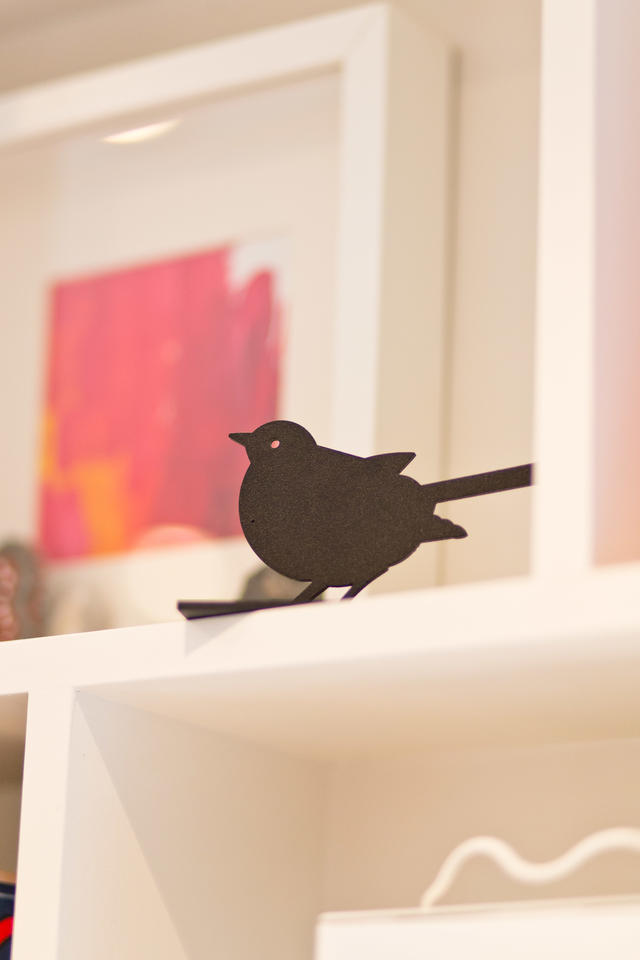 Black bird decor