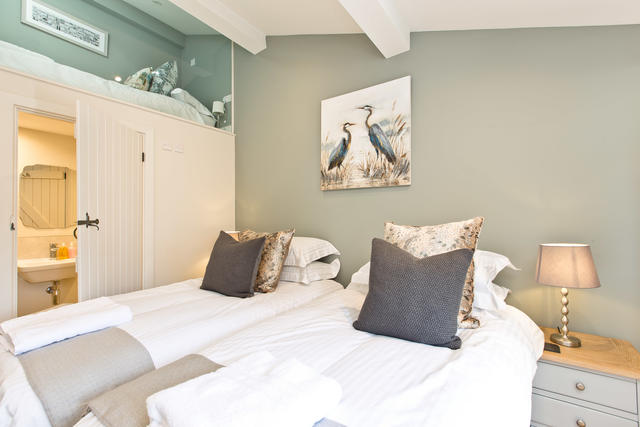 The Annexe - Bedroom 6