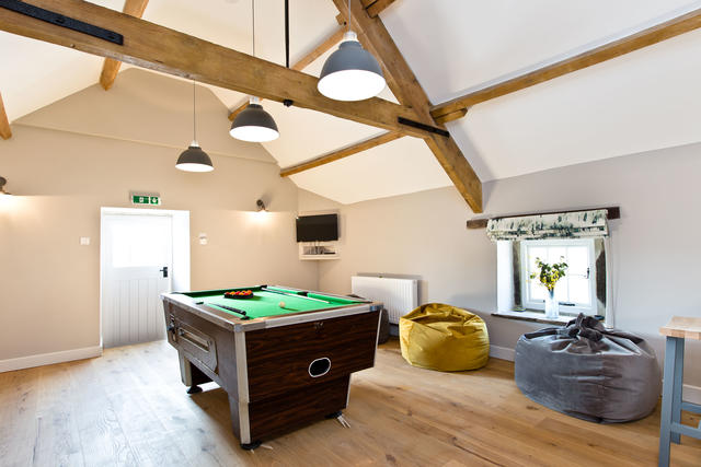 Holly Bush Farm Pool Table