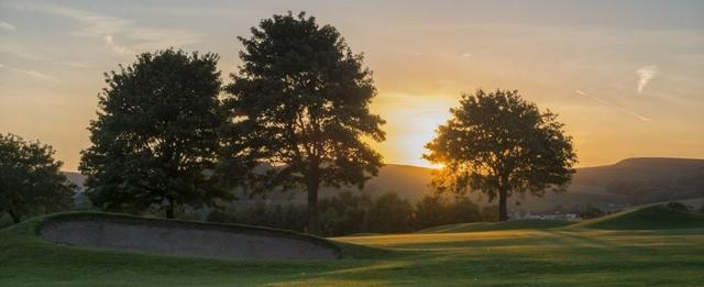 Peak District activity fun golfing holiday