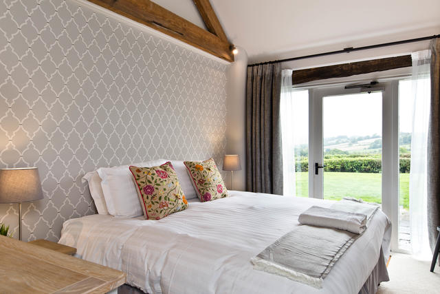 Manifold Barns Annexe - Bedroom 18