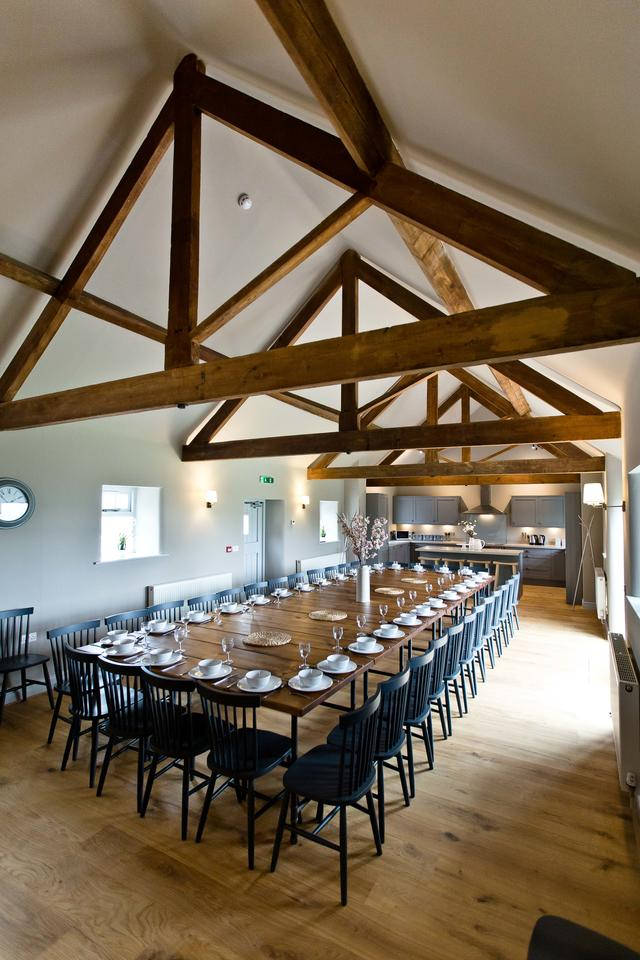 Manifold Barns Dining Room - Flexible seating arrangements for up to 48 guests