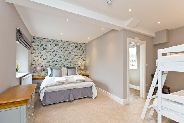 Manifold Farmhouse - Bedroom 1