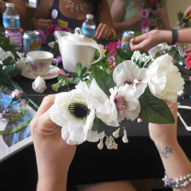 Hen party flower crown crafts