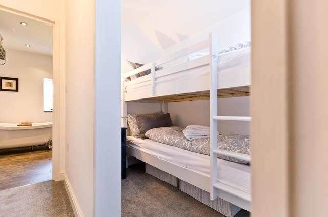 Bedoom 6 - Family Suite, bunkbed alcove
