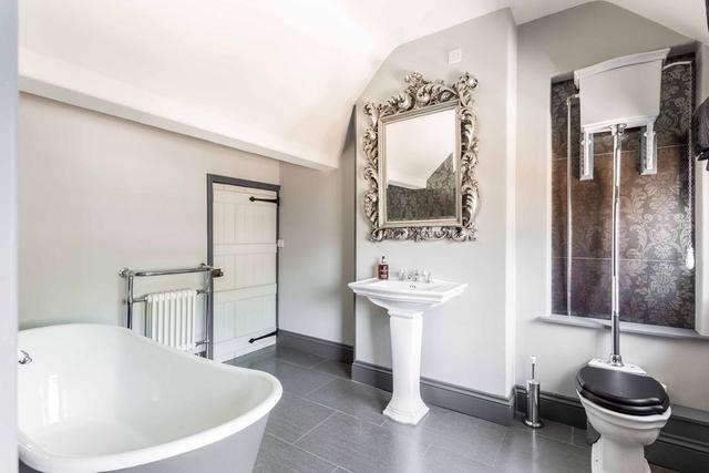 Shared Bathroom in The Farmhouse