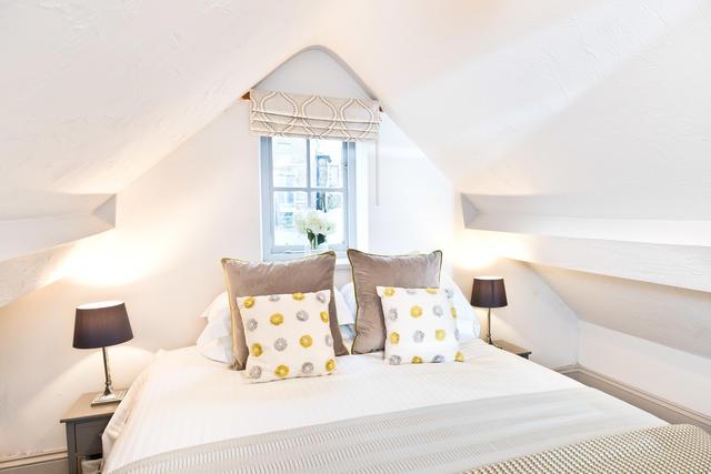 Calke Cottage Bedroom 3