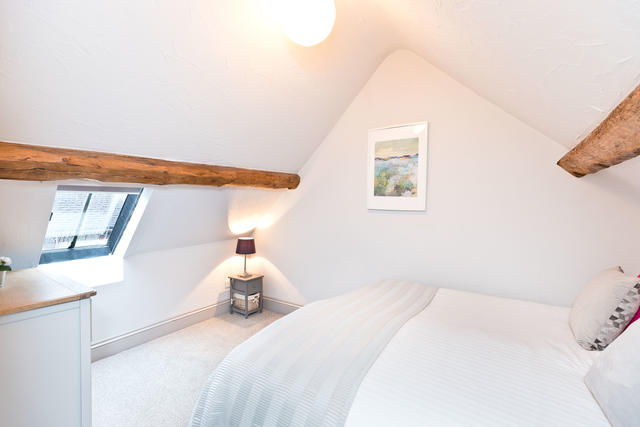 Calke Cottage Bedroom 2