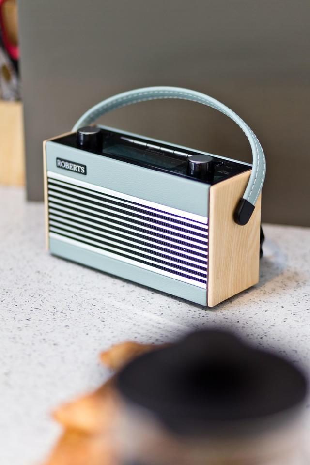 Roberts Bluetooth Radio with DAB/FM