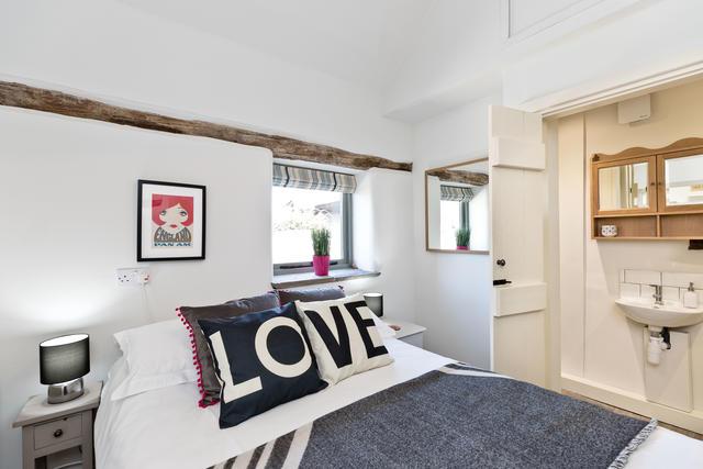 Ground Floor bedroom 1